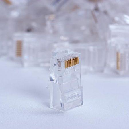 DigitalBox RJ45 UTP csatlakozó dugó, 100db (STLP8P8CUC5E-ST)
